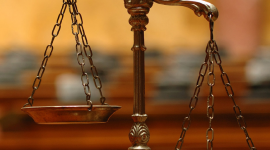 Avtalsgranskning och korrektur
